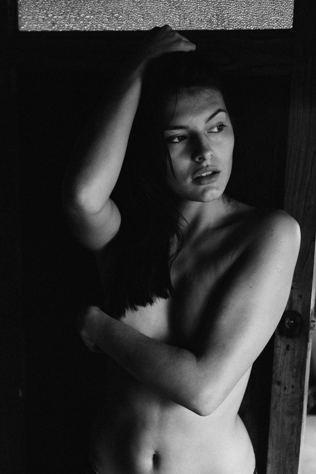 4-Eryka Pruszynska by Pelayo Campa for YAF