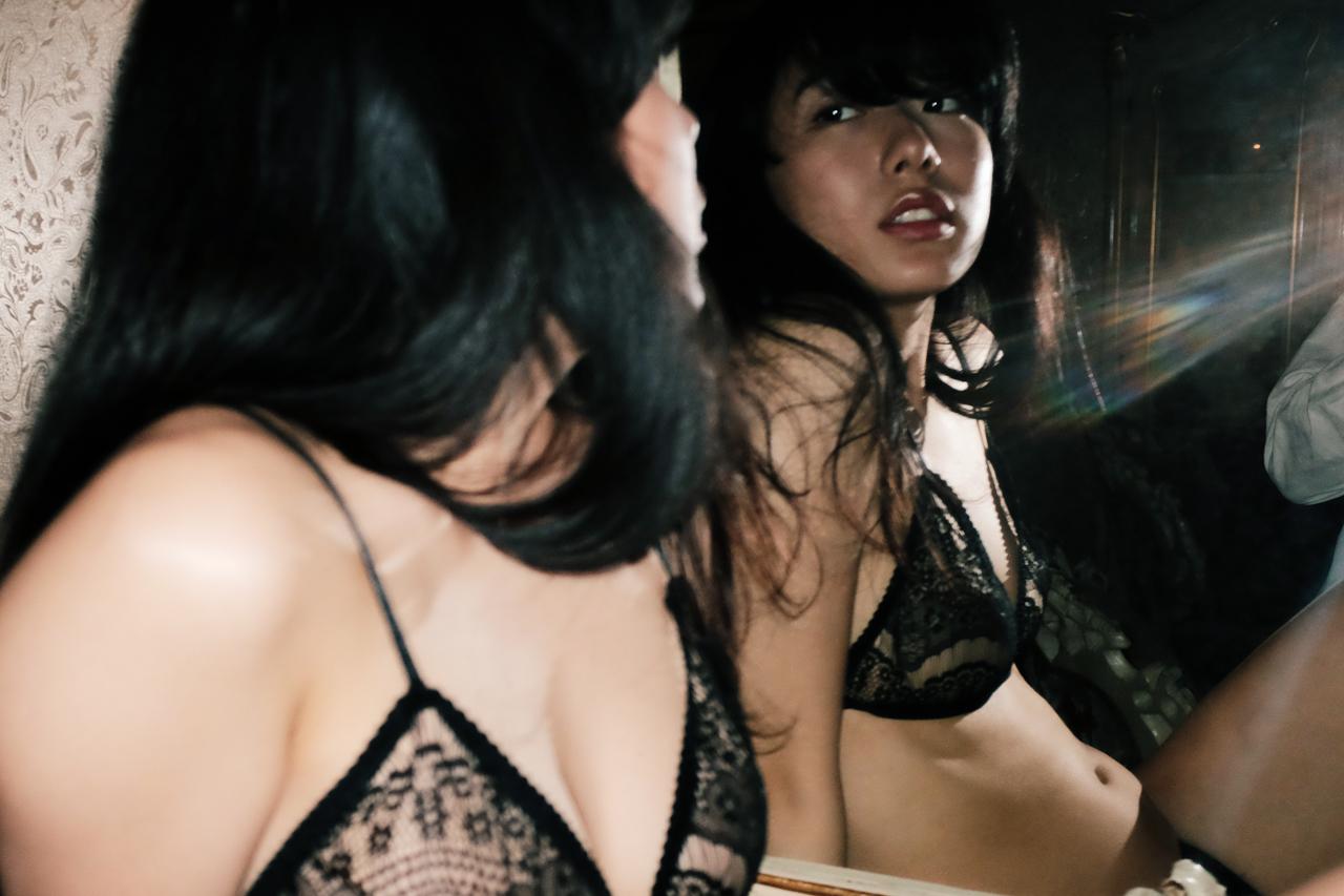 Umica-Yoshikazu-Aizawa-YAF-Magazine-12